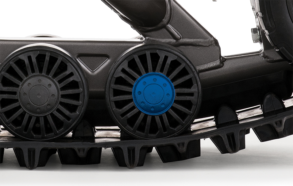 PS_UTV_4S1_Avant_Face-5273_Wheel Nseal_Feature Blue_V3_RES