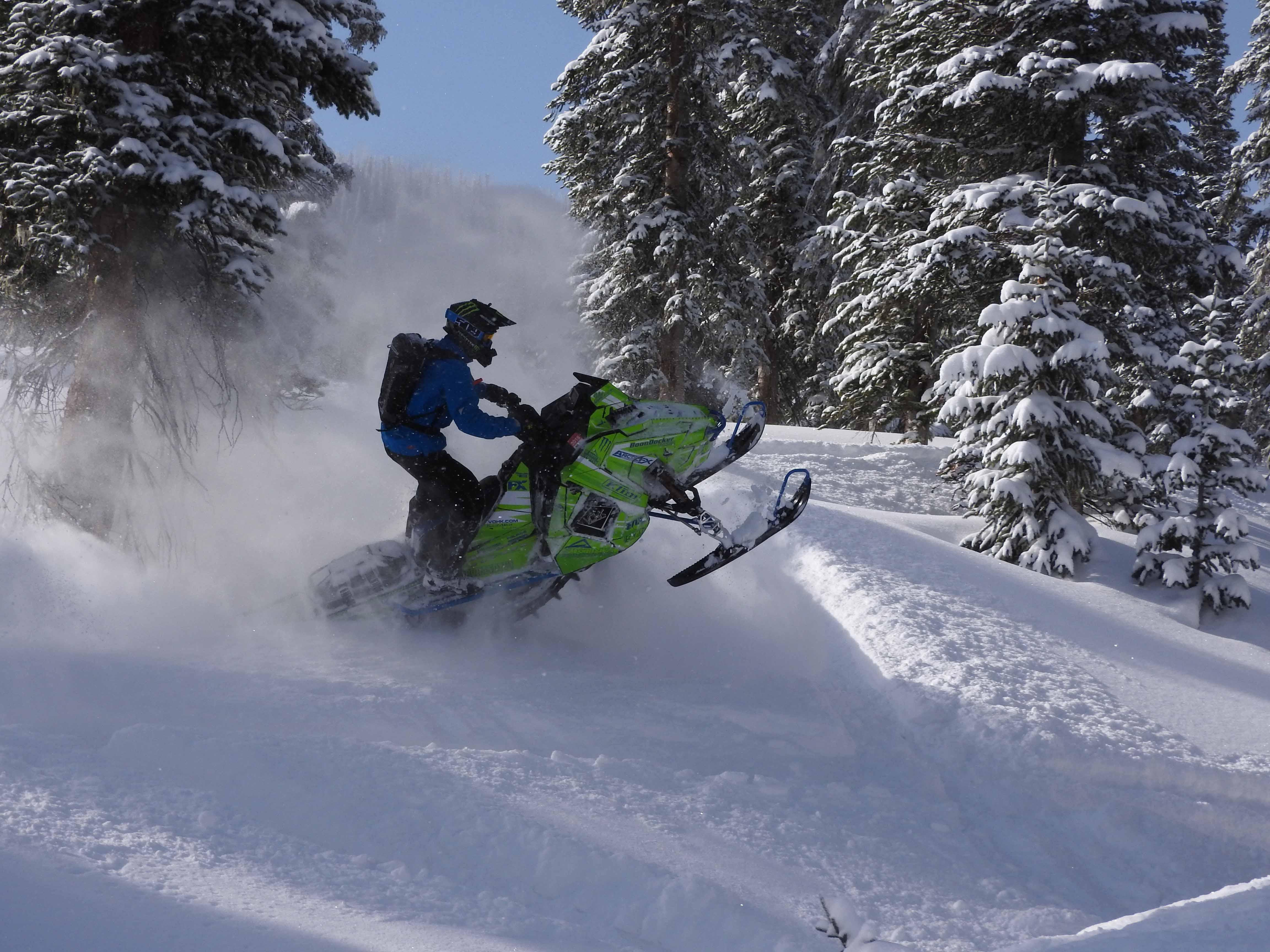 The 4 keys to snowmobile track selection | Camso