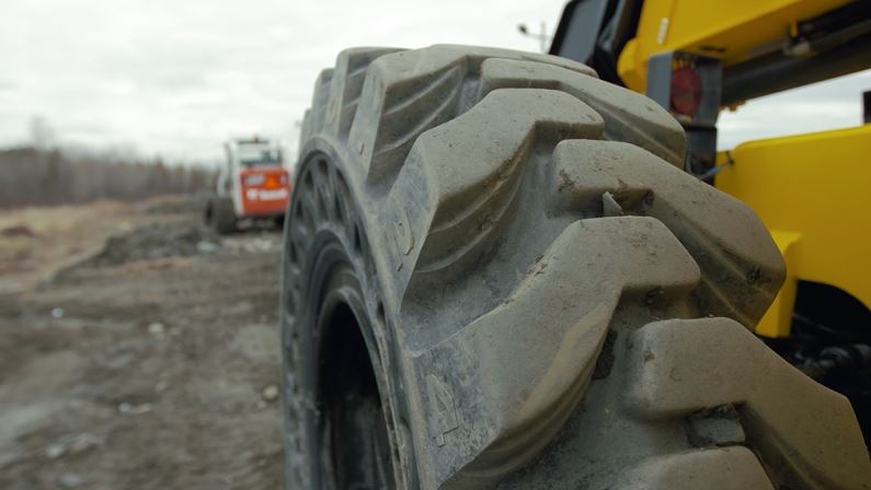 Construction Feature Tire Scrapyards